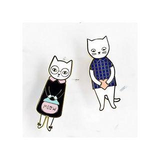 Mr & Mrs cat