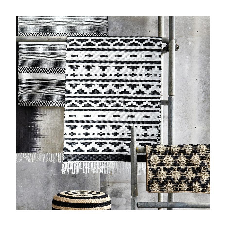 tapis new inka motif g om trique par house doctor. Black Bedroom Furniture Sets. Home Design Ideas