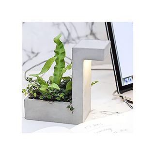 Concrete and plants