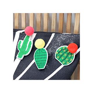 Cactus pompons