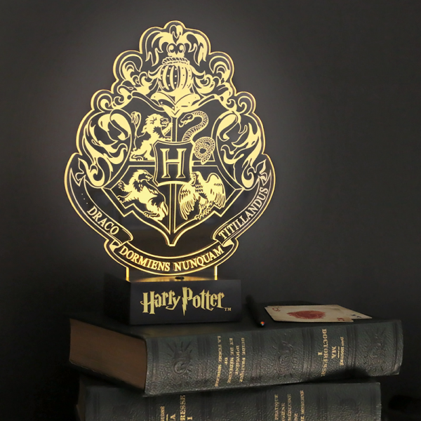 Hogwarts crest light