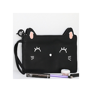 Black cat pouch