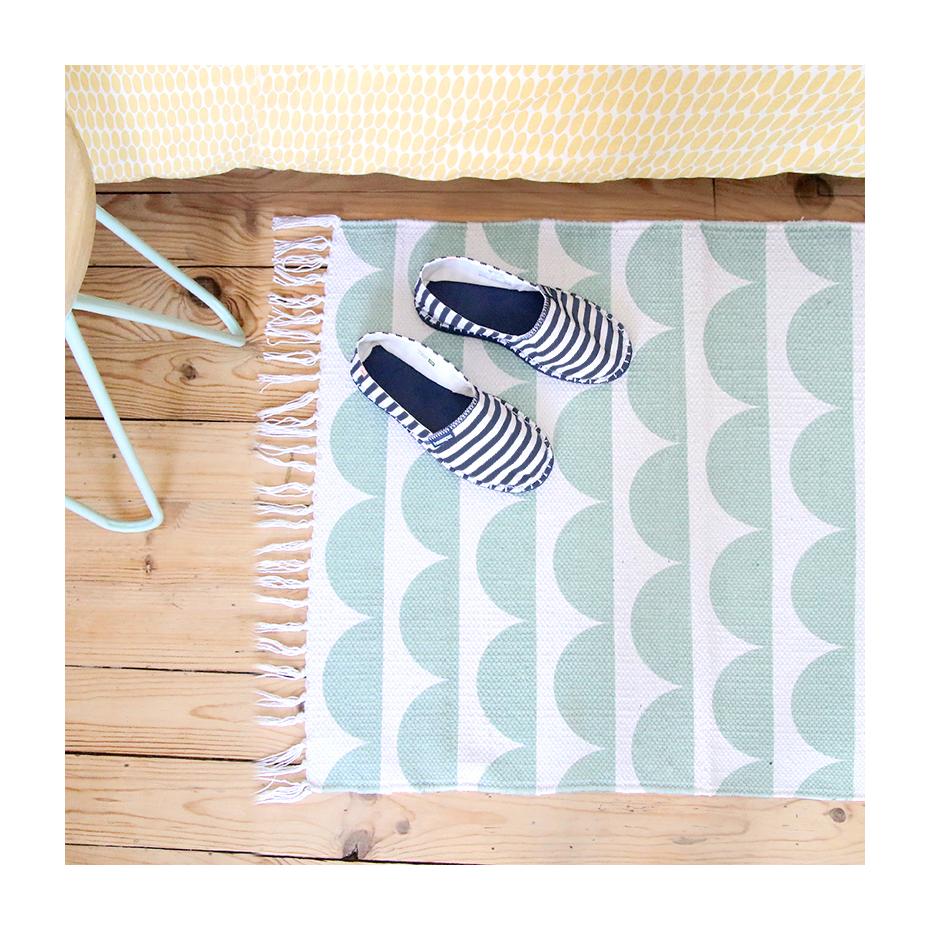 tapis scandinave par 8mood. Black Bedroom Furniture Sets. Home Design Ideas