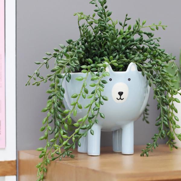 cache pot en c ramique ours bleu par bloomingville. Black Bedroom Furniture Sets. Home Design Ideas