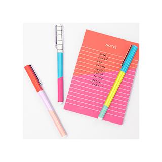 Colour blocking pens