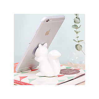 Squirrel phone holder