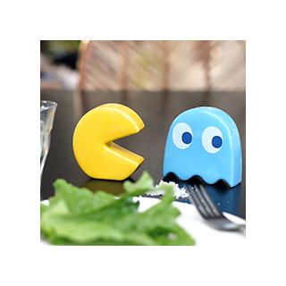 Pac-man shakers