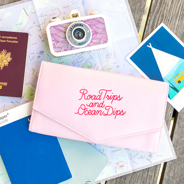 Road trips travel wallet