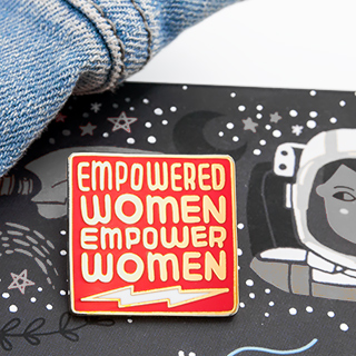 Pin's - Empowered women