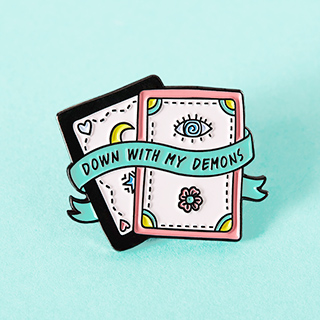 Pin's - tarot card