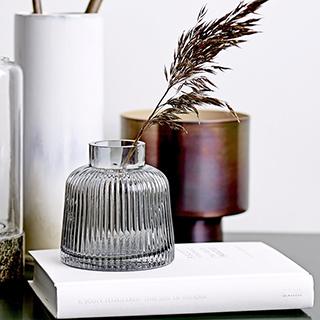 Vase en verre - gris strié