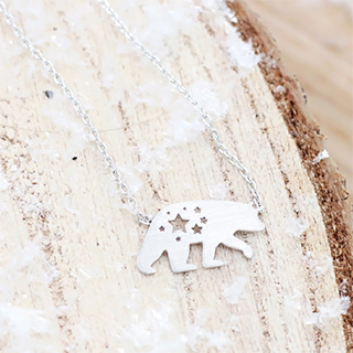 Polar bear - necklace