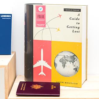 Boîte de rangement livre - Travel