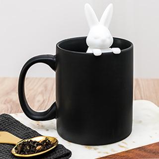 Mug+ tea infuser - white rabbit
