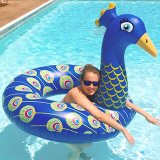 Inflatable peacock float pool