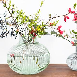 Vase en verre - vert pâle