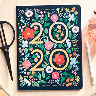 Rifle Paper appointment notebook - Wild rose 2020