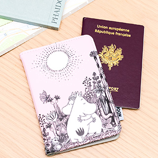 Passport holder - Moomin
