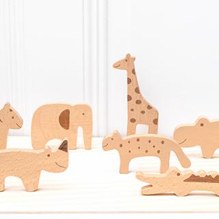 Wooden toy animal set