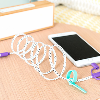 Lace USB cable - Black & white