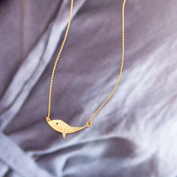 Titlee necklace - Clement the whale