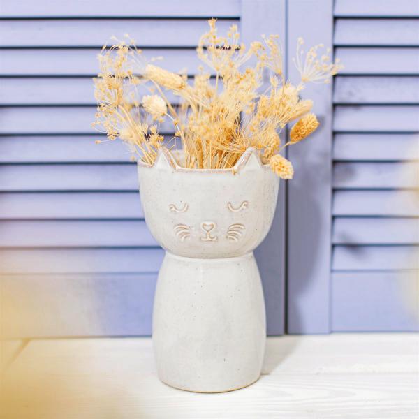 High vase - Grey cat