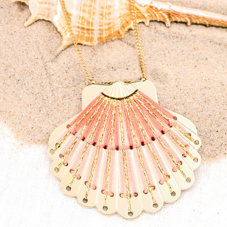 Long necklace - Seashell