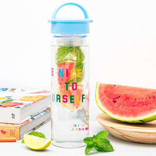 Water bottle with infuser - Be nice to yourself
