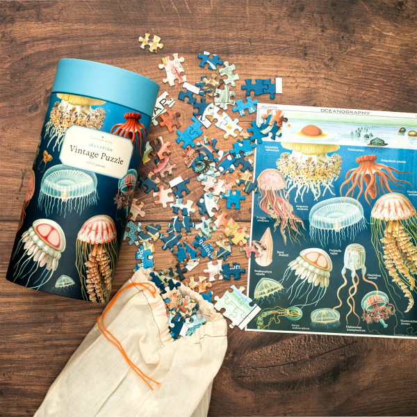 Cavallini & Co. igsaw puzzle - Jellyfish