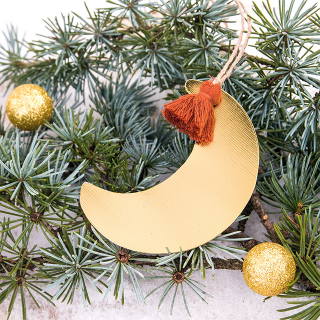 Hanging ornament - Golden moon