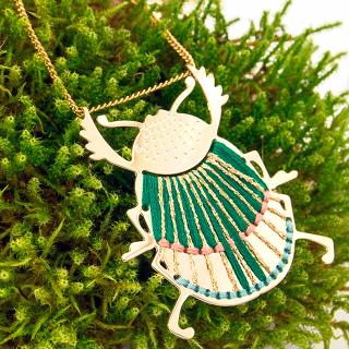 Long necklace - Scarabée