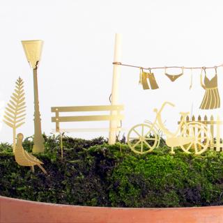 Plant accessories - Tiny bike adventure