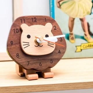 Wood clock - Frans the lion
