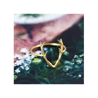 Gold antlers ring