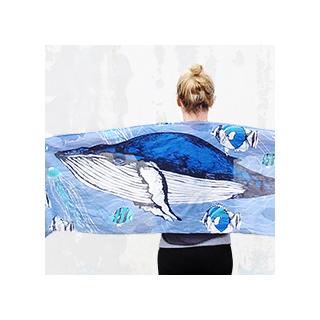 Wild scarf - whale