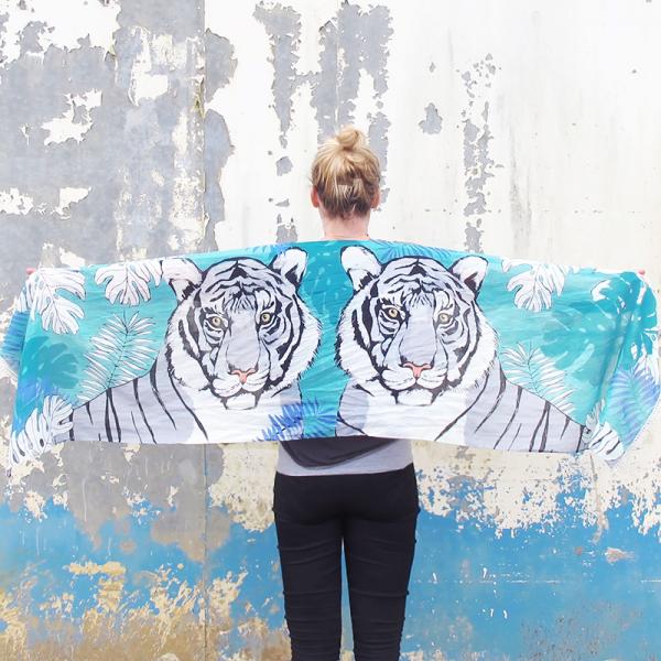 Wild scarf - tiger