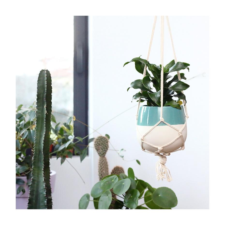 cache pot en c ramique suspendre paloma. Black Bedroom Furniture Sets. Home Design Ideas