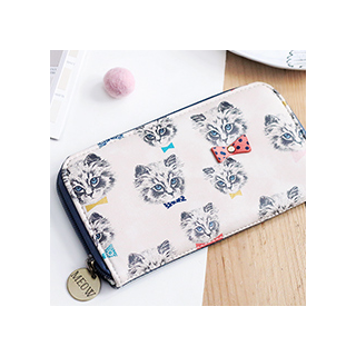 Pretty kitty wallet