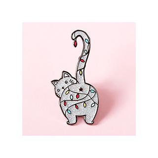 Christmas kitty pin's