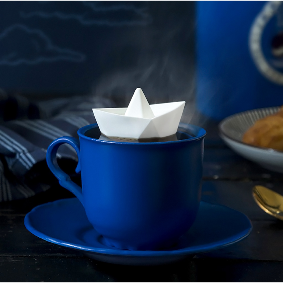 infuseur th bateau en papier par ototo. Black Bedroom Furniture Sets. Home Design Ideas